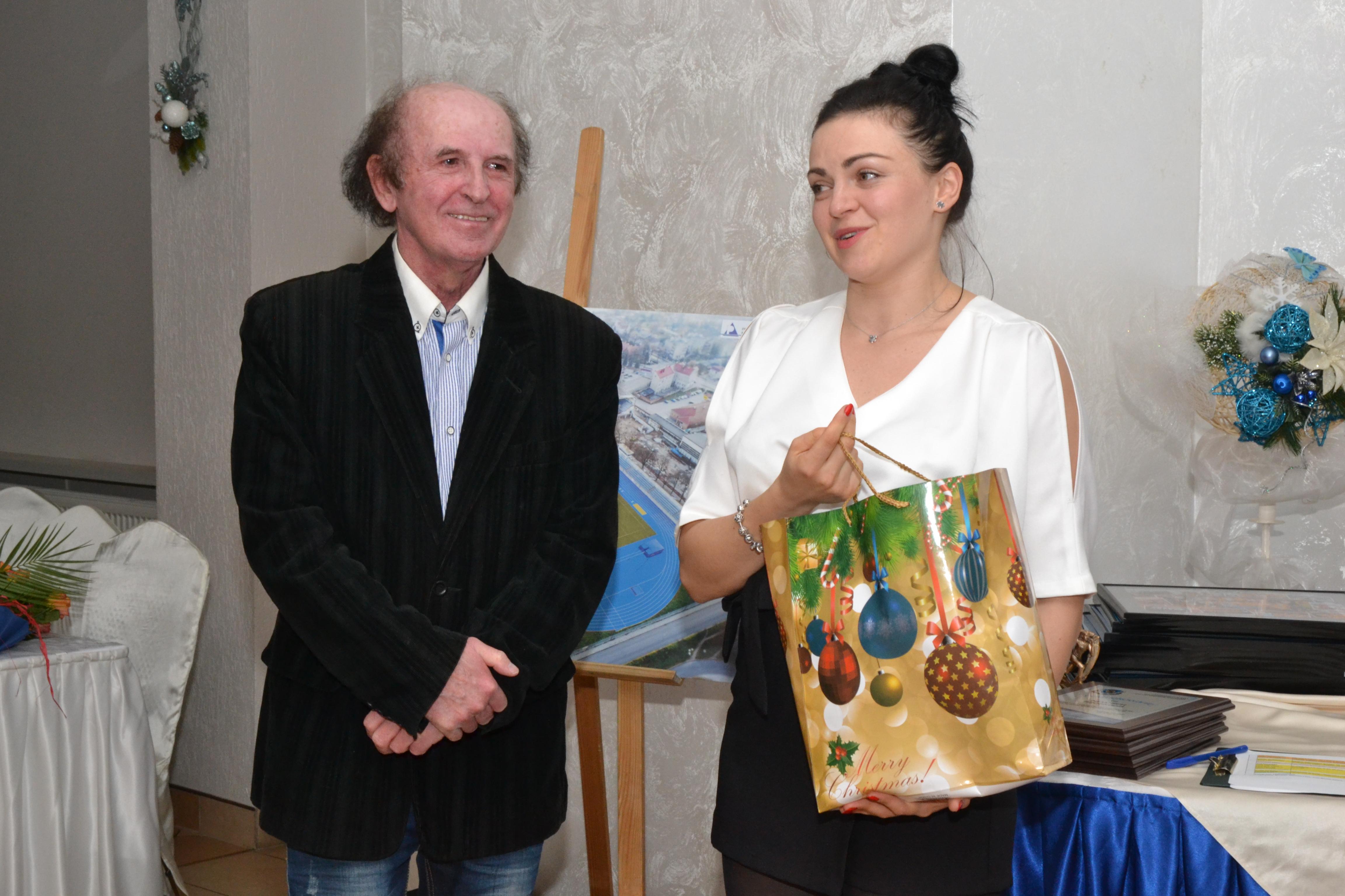 Brawa na stojąco dla Ewy Rosiak – najlepszej w historii Ostrowa Wielkopolskiego lekkoatletki