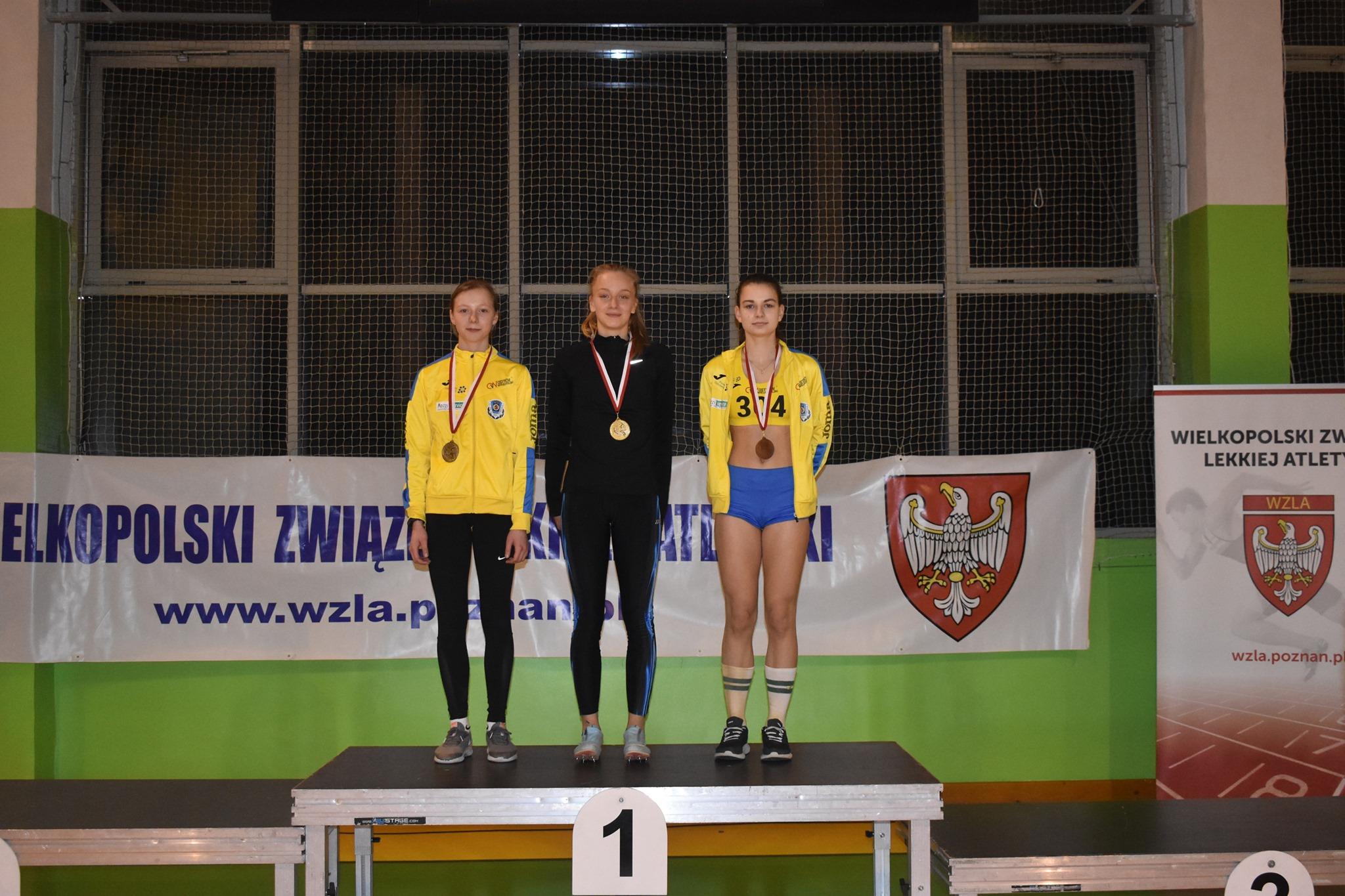 Kosmiczny konkurs skoku w dal podczas Halowych Mistrzostw Wielkopolski – Olga Szlachta uzyskała najlepszy wynik w kategorii 14-latków w historii polskiej lekkiej atletyki