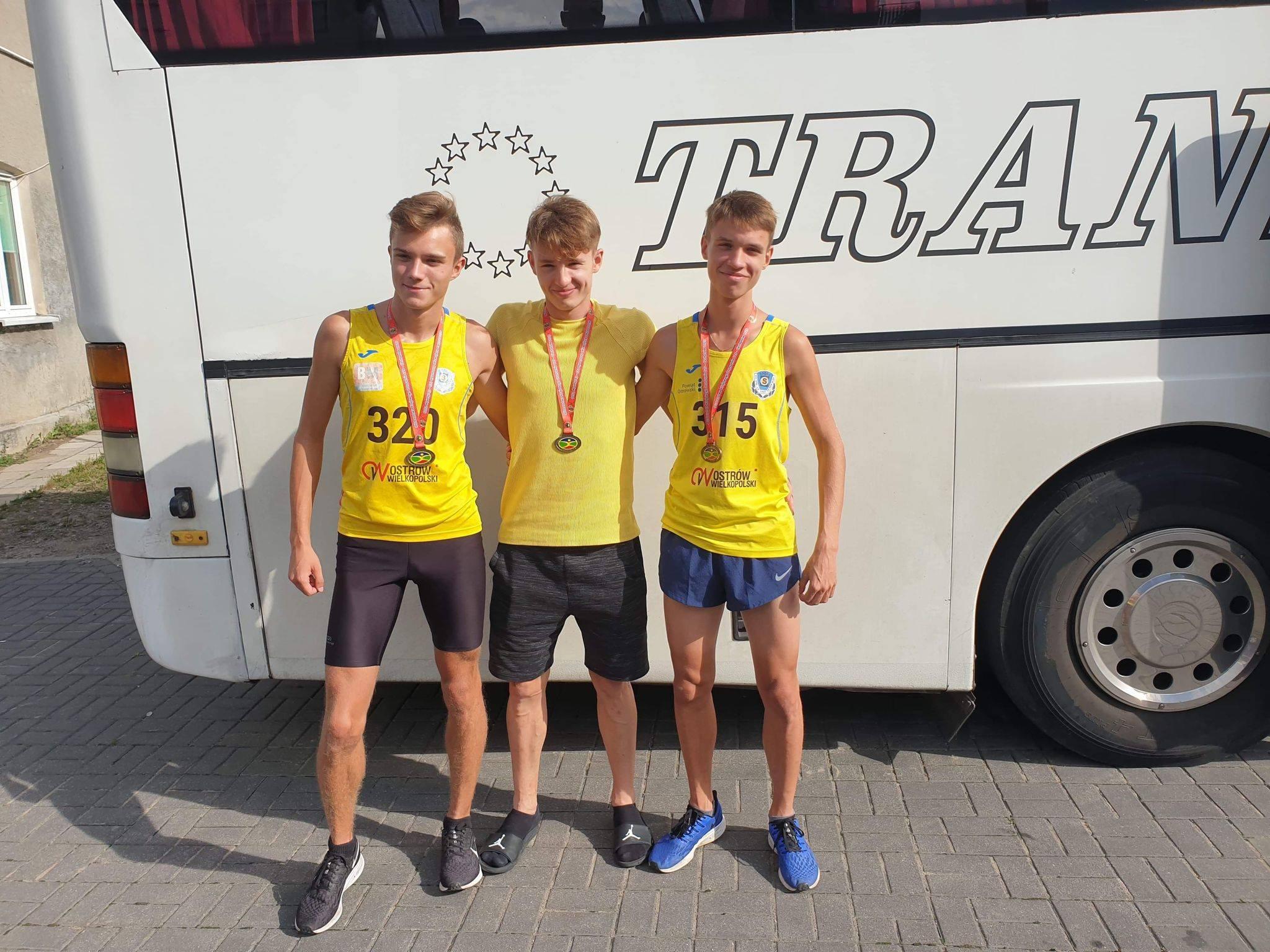 10 medali ostrowskich lekkoatletów w Mistrzostwach Polski Ludowych Zespołów Sportowych i… zwycięstwo w klasyfikacji medalowej mistrzostw